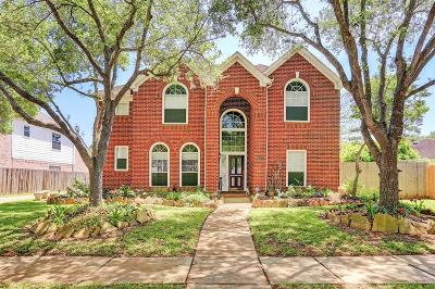 Sugar Land Single Family Home For Sale: 1011 Burchton Drive
