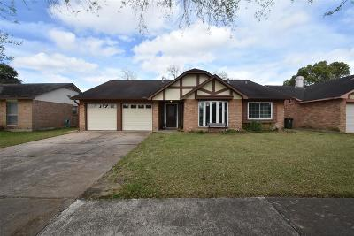 Sugar Land Single Family Home For Sale: 3003 Jenny Drive