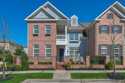 East Shore, East Shore/The Woodlands, The Woodlands East Shore Condo/Townhouse For Sale: 2616 Admiralty Bend Lane