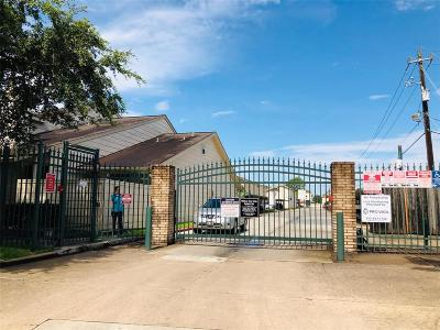 Houston Condo/Townhouse For Sale: 13006 Leader Street #917