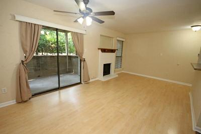 The Woodlands Condo/Townhouse For Sale: 3500 Tangle Brush Drive #87