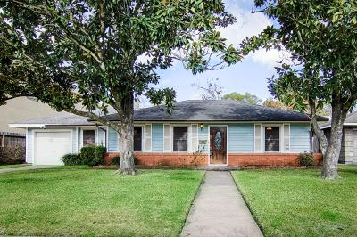 Bellaire Single Family Home For Sale: 5104 Mimosa Drive