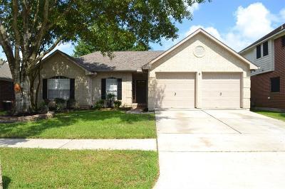 La Porte Single Family Home For Sale: 3619 Somerton Drive
