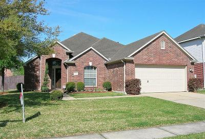 Pearland Single Family Home For Sale: 2506 Suncreek Lane