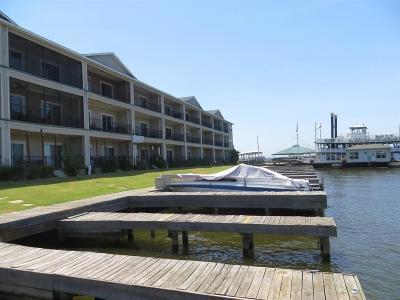 Willis Condo/Townhouse For Sale: 7039 Kingston Cove Lane #110