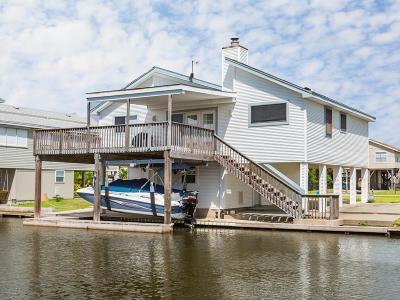 Jamaica Beach Single Family Home For Sale: 16507 Barbados Way
