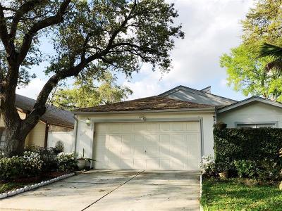 Houston Single Family Home For Sale: 11642 Karlwood Lane