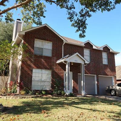 Seabrook Single Family Home For Sale: 4302 Kingfish Drive