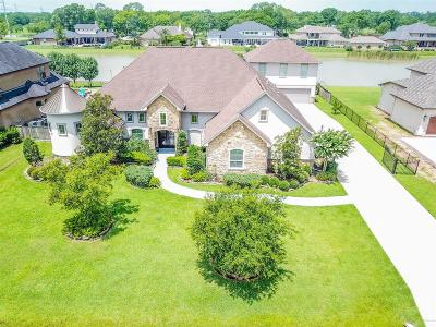 Friendswood Single Family Home For Sale: 3013 Bridle Path Lane