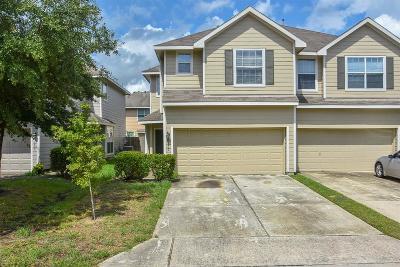 Houston Condo/Townhouse For Sale: 14402 Fairbuff Lane