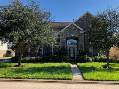 Single Family Home For Sale: 19522 Creek Bend Drive