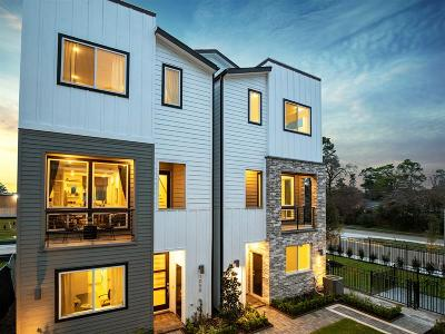 Timbergrove Condo/Townhouse For Sale: 2419 West 11th Street