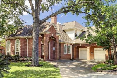 Houston Single Family Home For Sale: 35 E Terrace Drive