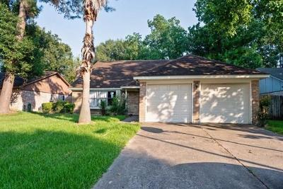 Spring Single Family Home For Sale: 2118 Shady Bayou Lane