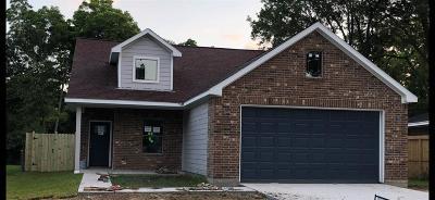 Pasadena Single Family Home For Sale: 2107 Pomona Drive