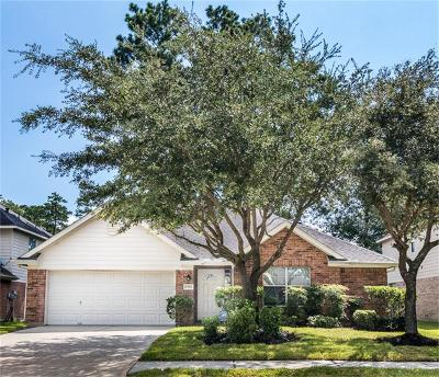 Humble Single Family Home For Sale: 17914 Pelican Cove Court