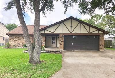 Bay City Single Family Home For Sale: 2725 La Mesa Street