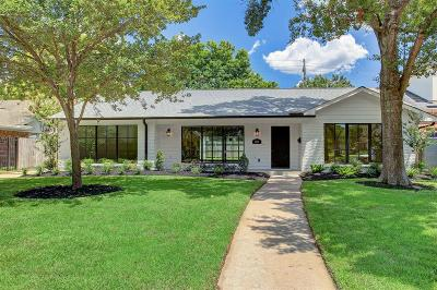 Houston Single Family Home For Sale: 2319 Briarhurst Drive