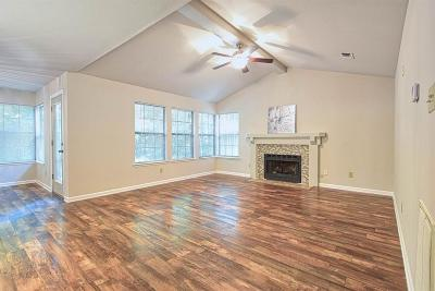 The Woodlands Condo/Townhouse For Sale: 50 Sawmill Grove Ln