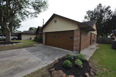 Pasadena Single Family Home For Sale: 6308 Sioux Drive