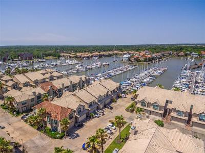 Kemah TX Condo/Townhouse For Sale: $289,000