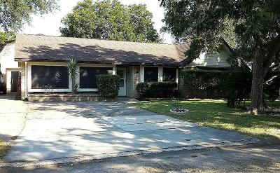 League City Single Family Home For Sale: 111 Highland Ter