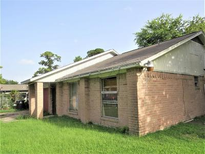 Houston Single Family Home For Sale: 7902 Locksley Road