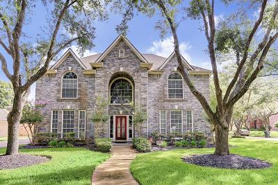 Sugar Land Single Family Home For Sale: 622 Clarenda Falls Drive