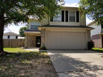Tomball Single Family Home For Sale: 19526 Rocky Bank Drive