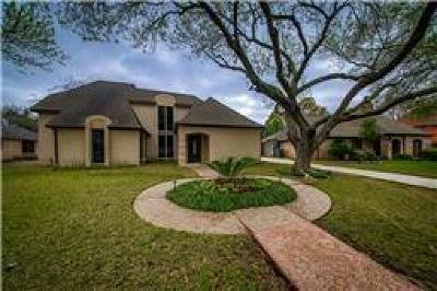 Houston Single Family Home For Sale: 1622 Fall Valley