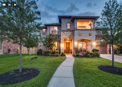 Houston Single Family Home For Sale: 16107 Summit Mist Court