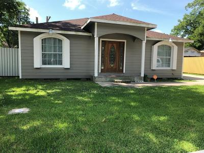 Humble Single Family Home For Sale: 414 4th Street