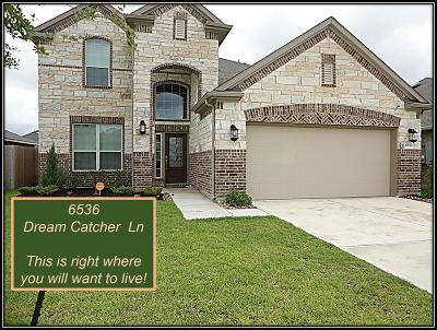 Dickinson TX Single Family Home For Sale: $299,900