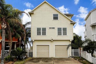 Tiki Island Single Family Home For Sale: 427 Hana Drive
