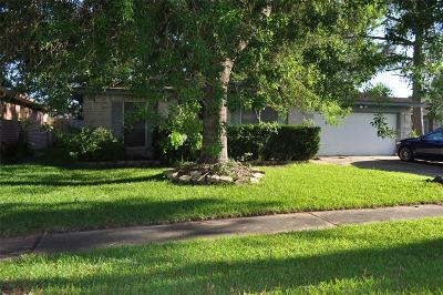 League City Single Family Home For Sale: 6213 Woodvale Drive