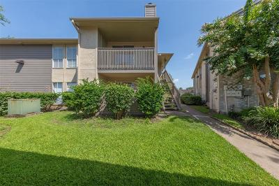 Condo/Townhouse For Sale: 1900 Bay Area Boulevard #N240