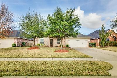 Firethorne Single Family Home For Sale: 28238 Daystrom Lane