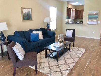 Single Family Home For Sale: 5022 Avenue Q