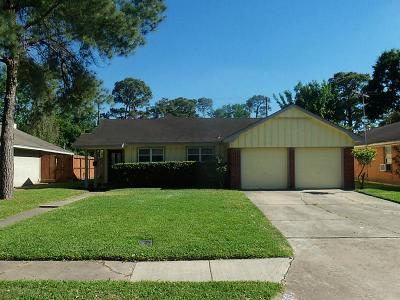 Oak Forest Single Family Home For Sale: 5021 De Milo