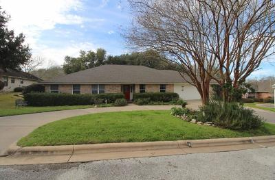 Brenham Single Family Home Pending: 604 Perkins Lane