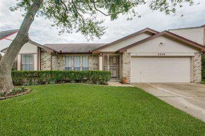 Sugar Land Single Family Home For Sale: 3230 Pebble Lake Drive