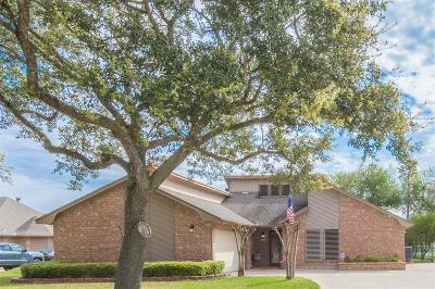 Texas City Single Family Home For Sale: 4202 Quaker Drive