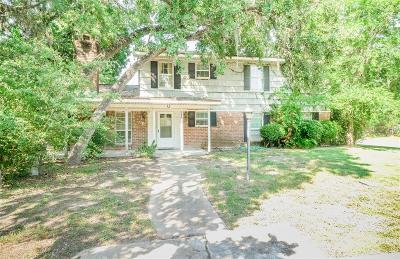 Friendswood Single Family Home For Sale: 801 Lexington Street