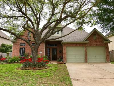 Seabrook Single Family Home For Sale: 2325 Orleans Lane