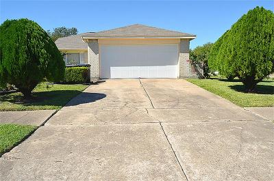 Sugar Land Single Family Home For Sale: 10302 Westedge Drive