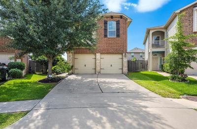 Cypress Single Family Home For Sale: 8255 Sardina Shore Drive