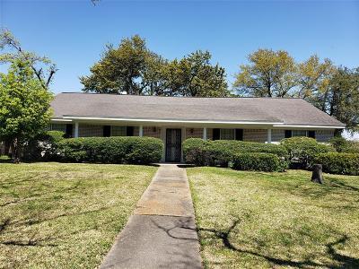 Galveston County, Harris County Single Family Home For Sale: 5000 Fairway Drive