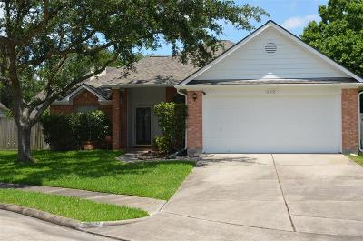 Friendswood Single Family Home For Sale: 4310 Winners Circle