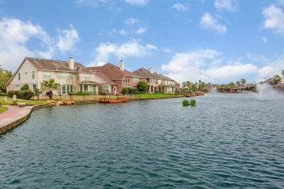 Houston Single Family Home For Sale: 10026 Lakeside Gables Drive