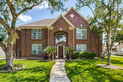 Friendswood Single Family Home For Sale: 2862 Everett Drive